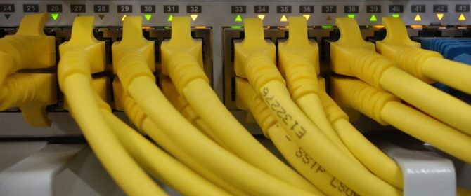 network-cables-499792_960_720-670x280